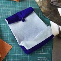 Resultaat van de workshop Little Leather Bag. Foto: Charlotte Kan, Het Nieuwe Instituut